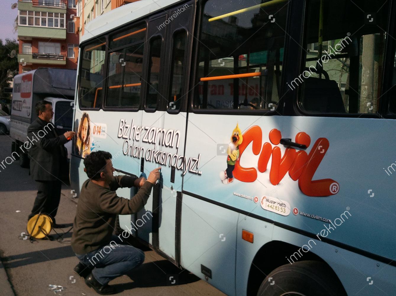 minibus-uzeri-arac-giydirme-arac-kaplama-minibus-reklamlari